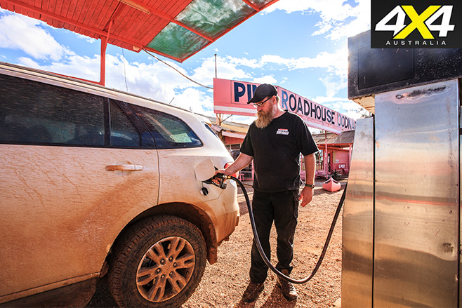 Ford Everest Trend petrol fill up