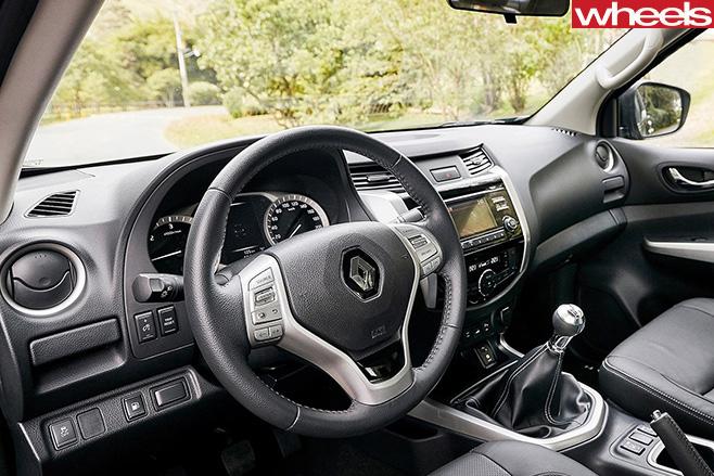 Renault -Alaskan -interior
