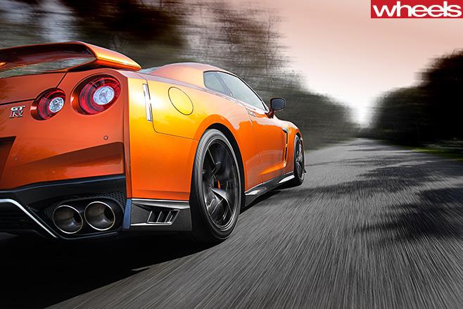 2017-Nissan -GT-R-rear -side