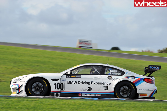 BMW-M3-GT3-racing -at -Bathurst -12-hour -side
