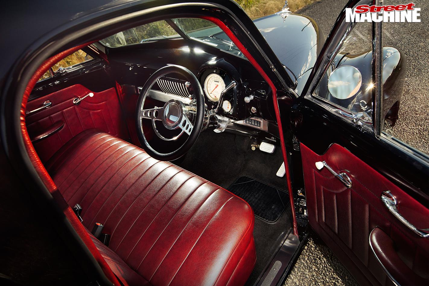 Holden -FJ-ute -interior