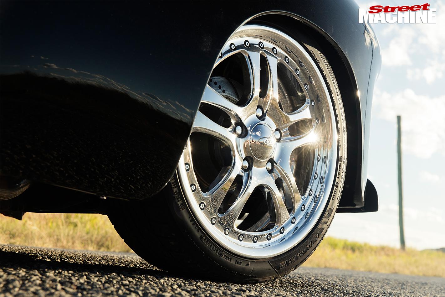 Holden -FJ-ute -wheel