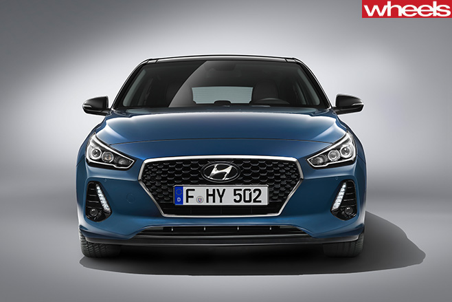 Hyundai -i 30-front -grille