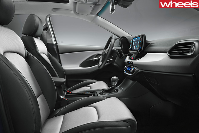 Hyundai -i 30-interior