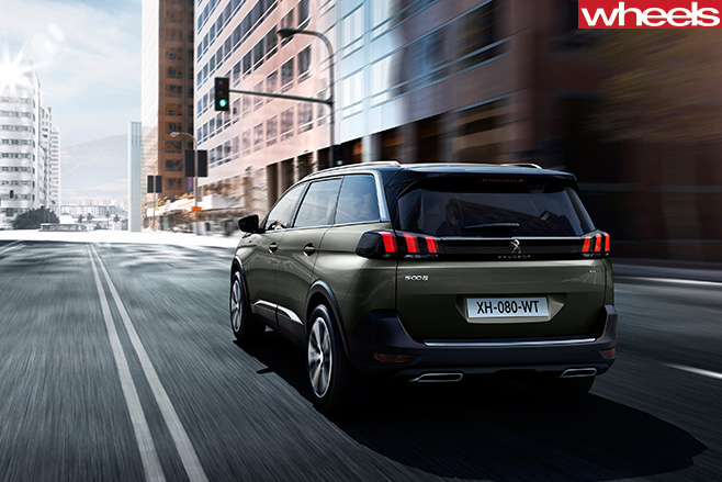 Peugeot -5008-rear -driving