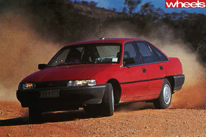 Holden -VN-Commodore -driving -front -side