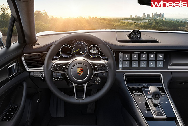 Porsche -Panamera -4-E-Hybrid -interior -front