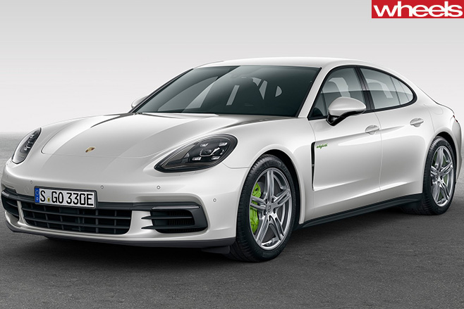 Porsche -Panamera -4-E-Hybrid -front -side