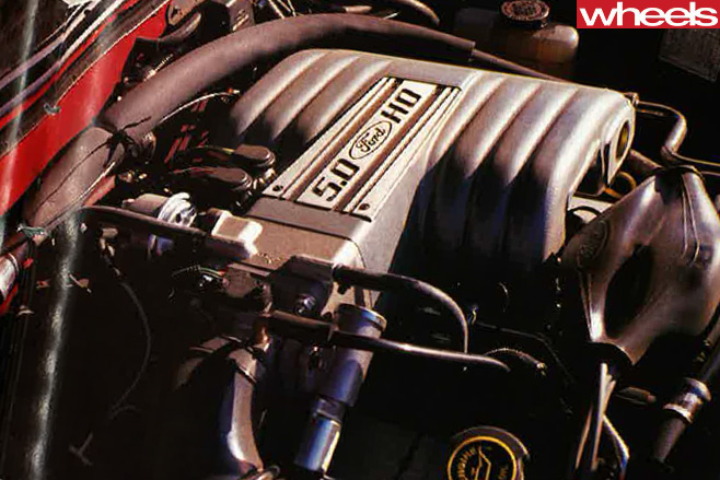 1990-Ford -Falcon -HO-engine
