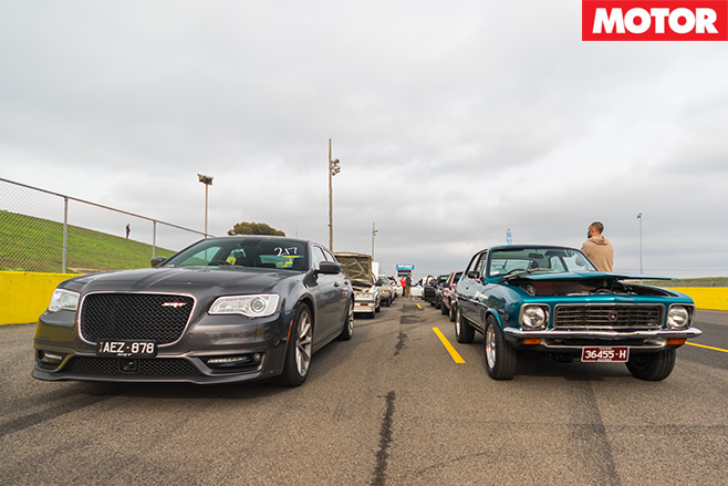 Chrysler 300 SRT lining up