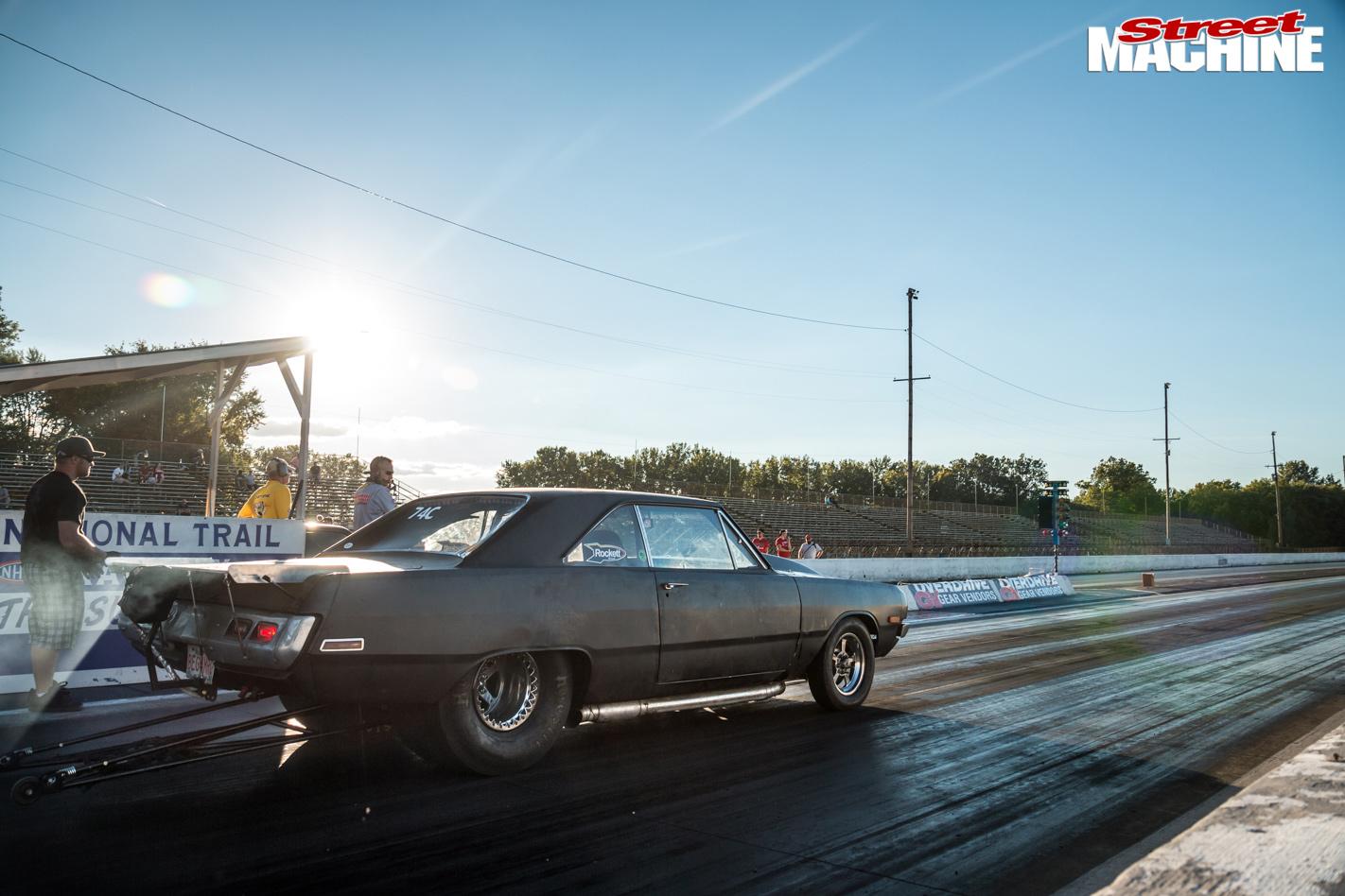 6902-drag -week