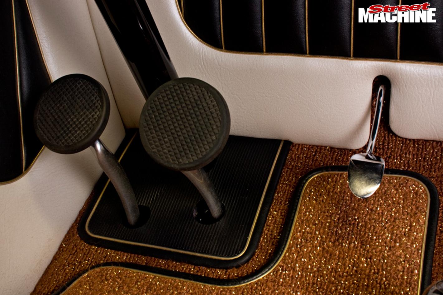 Sean -johnstun -roadster -carpet