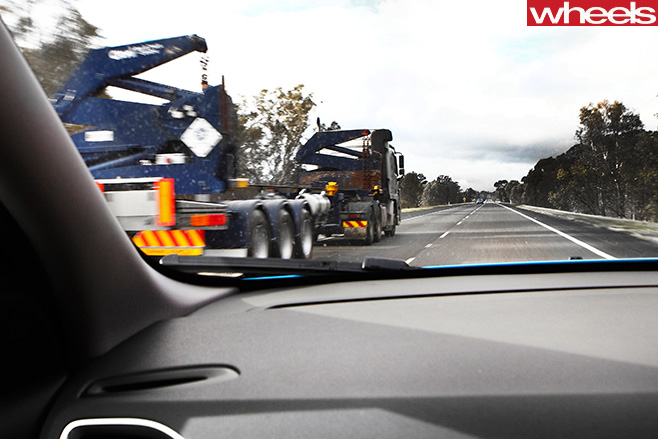 Truck -driving -down -hume -highway