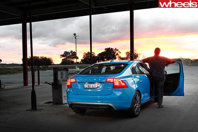 Volvo -S60-Polestar -side -rear