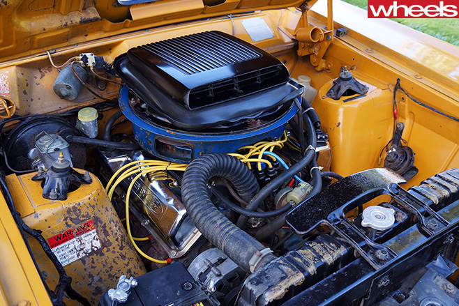 Ford -Falcon -XY-GT-engine