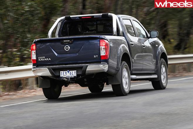 Nissan -Navara -NP300-rear