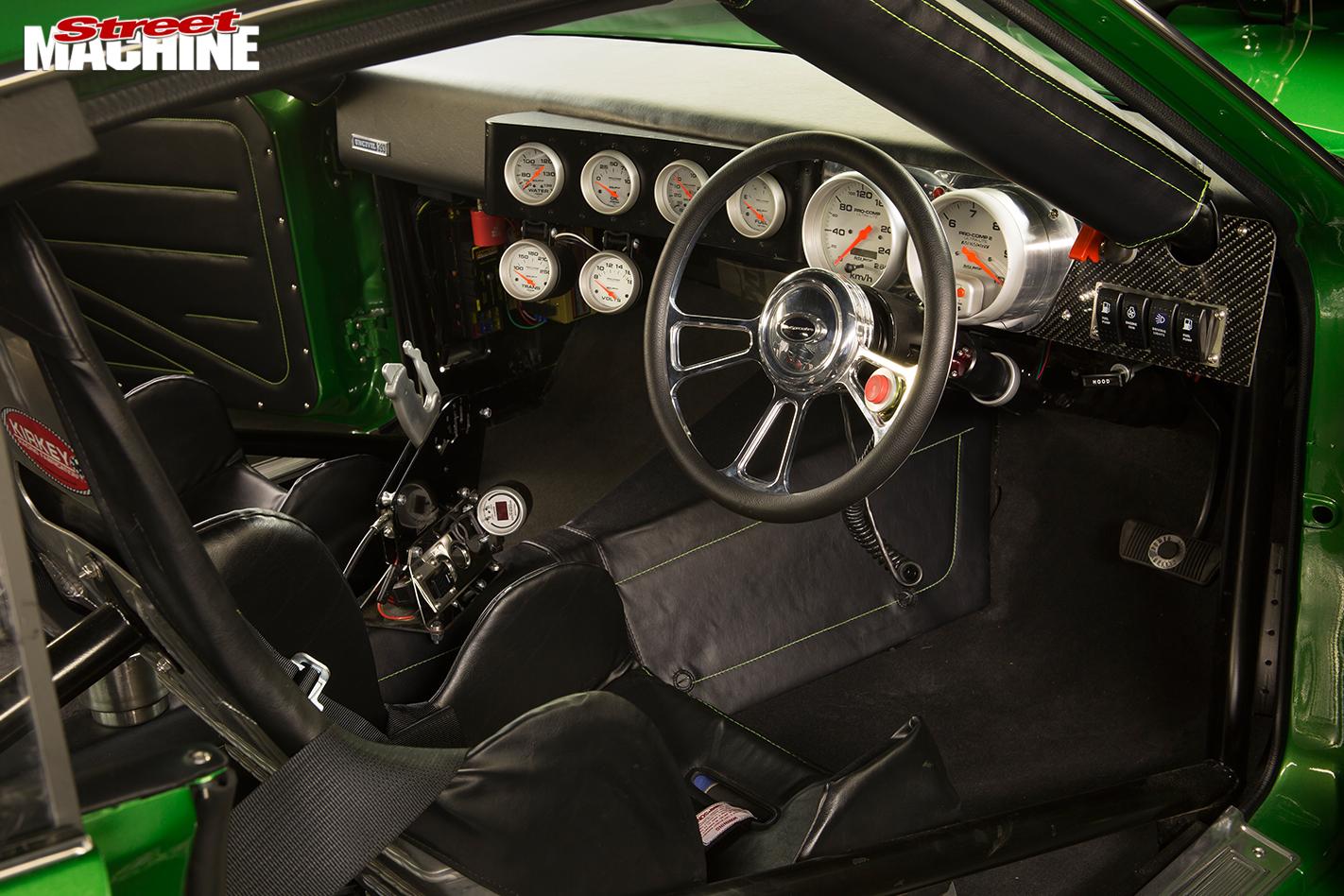 Ford -XA-Falcon -interior -2