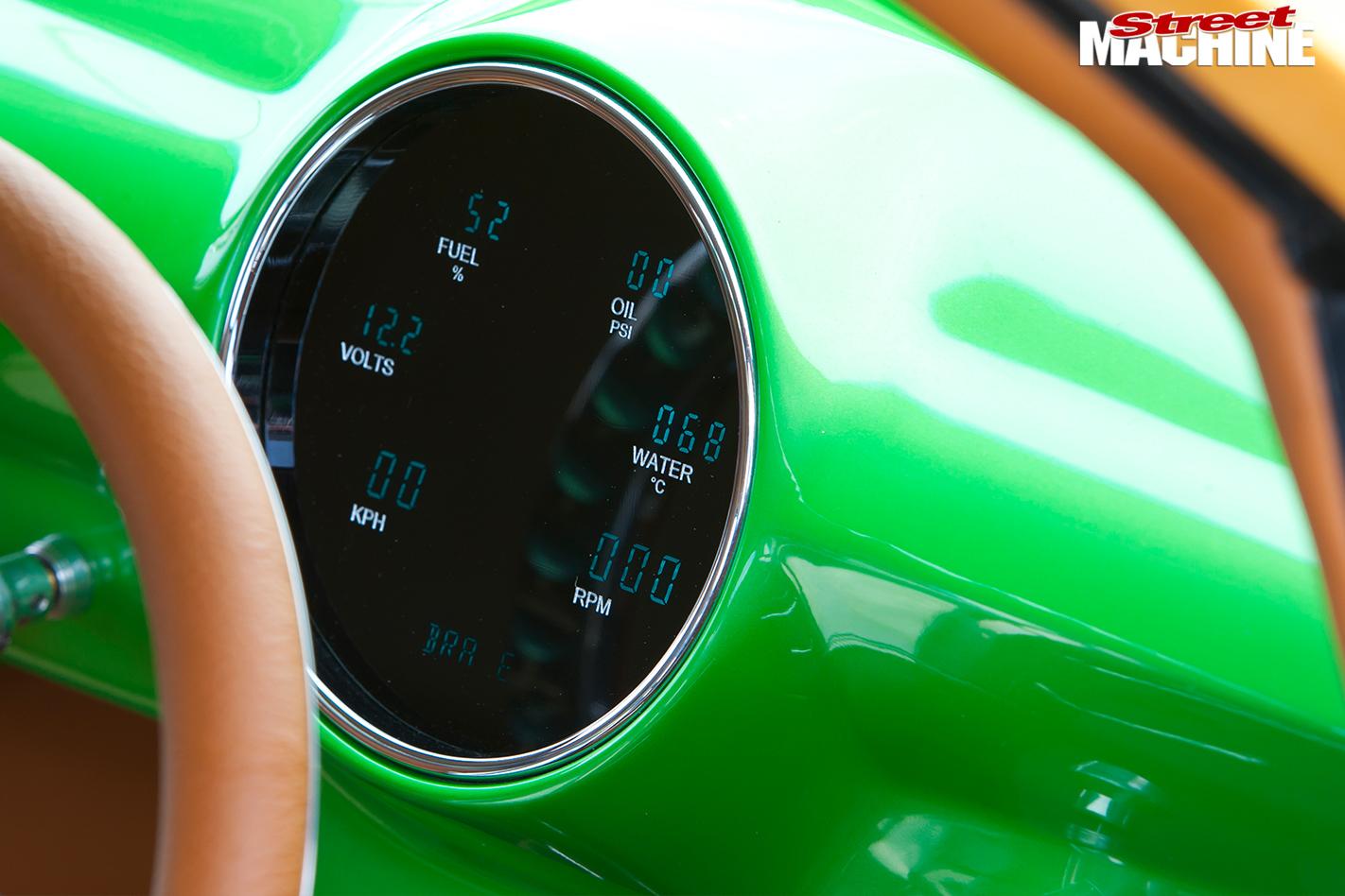 Ford -woody -gauge -detail
