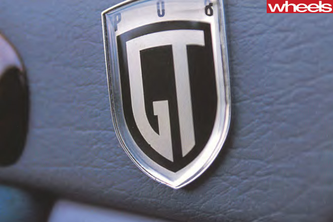 Ford -EL-Falcon -GT-badge