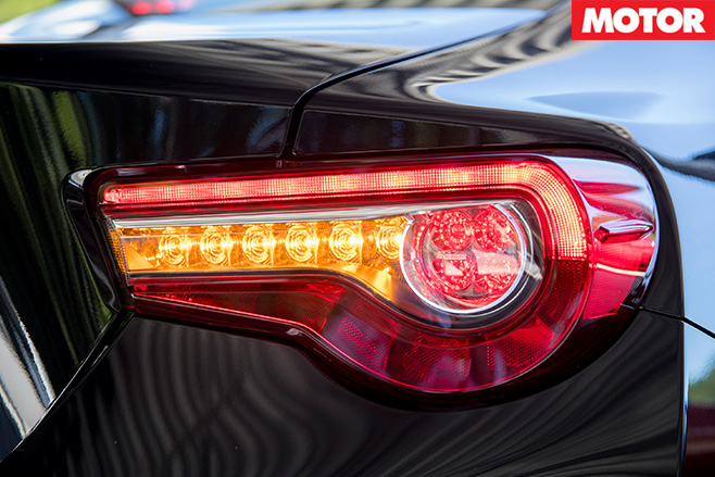 2017 toyota 86 rear lights