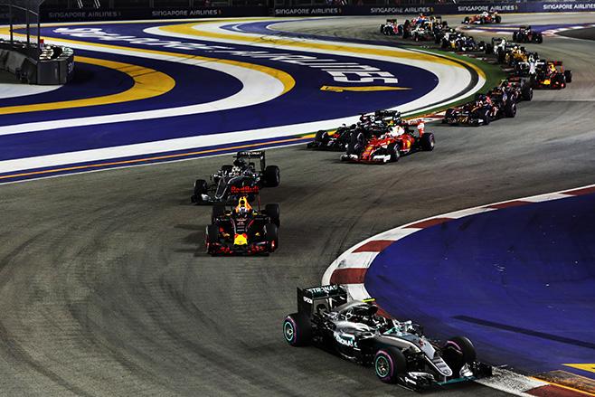 2016-Singapore -Grand -Prix -Lewis -Hamilton