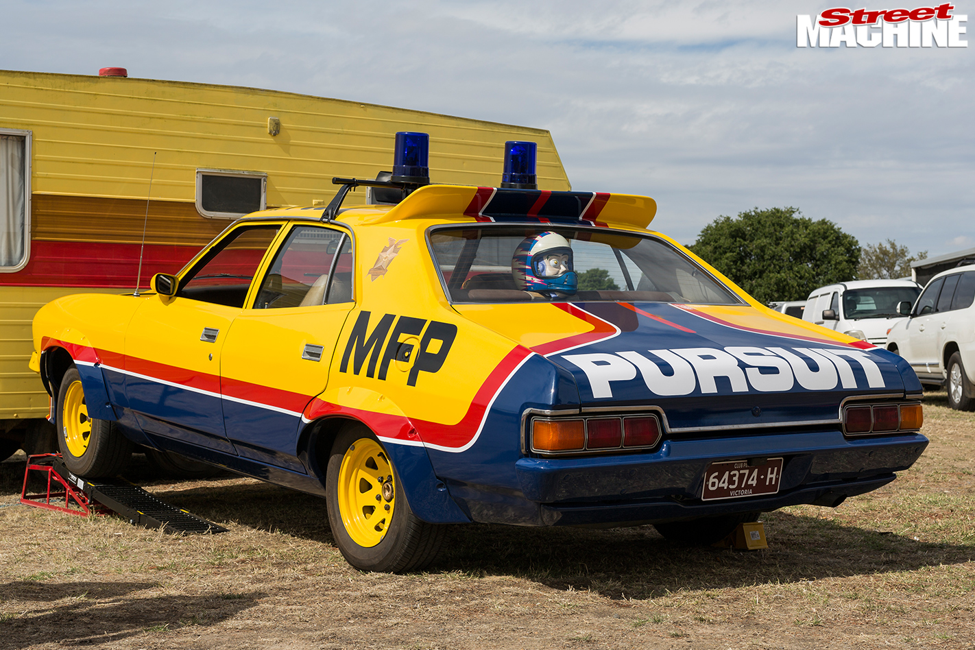 Mad -max -ford -falcon -pursuit -falcon -2