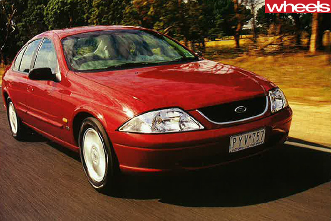 2000-Ford -Falcon -front -side