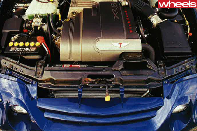 2000-Ford -Falcon -engine