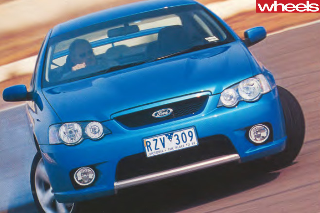 2003-Ford -BA-V8-driving -front