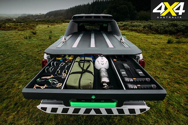 Nissan Navara Enguard rear tray