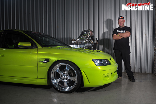 Performance car mania green Holden 383ci LS1 VZ Maloo