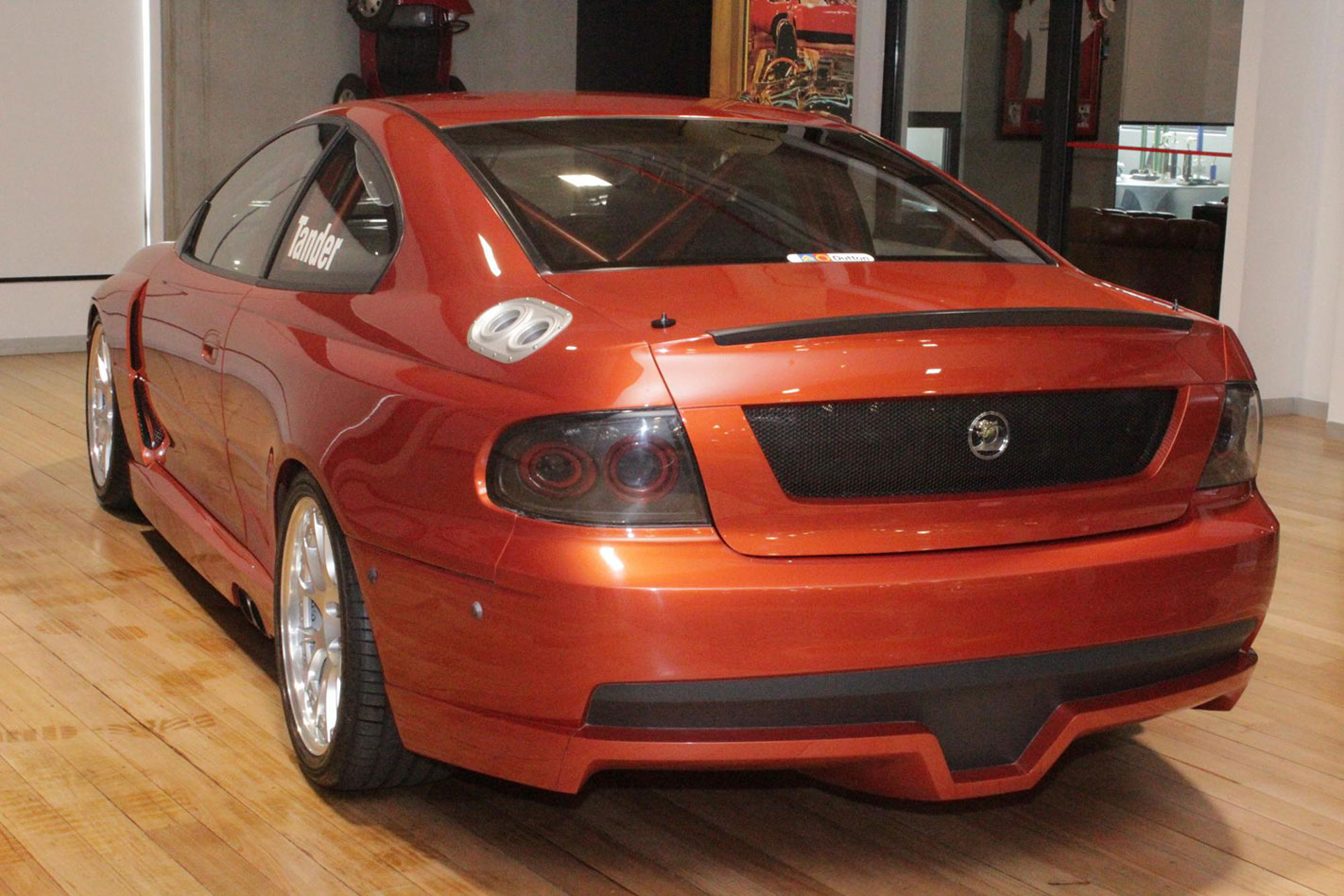 HSV GTS-R rear