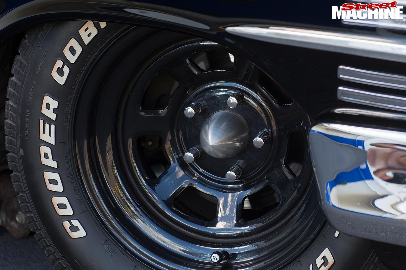Chevrolet -impala -wheel