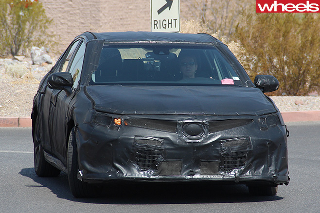 Toyota -Camry -front -on
