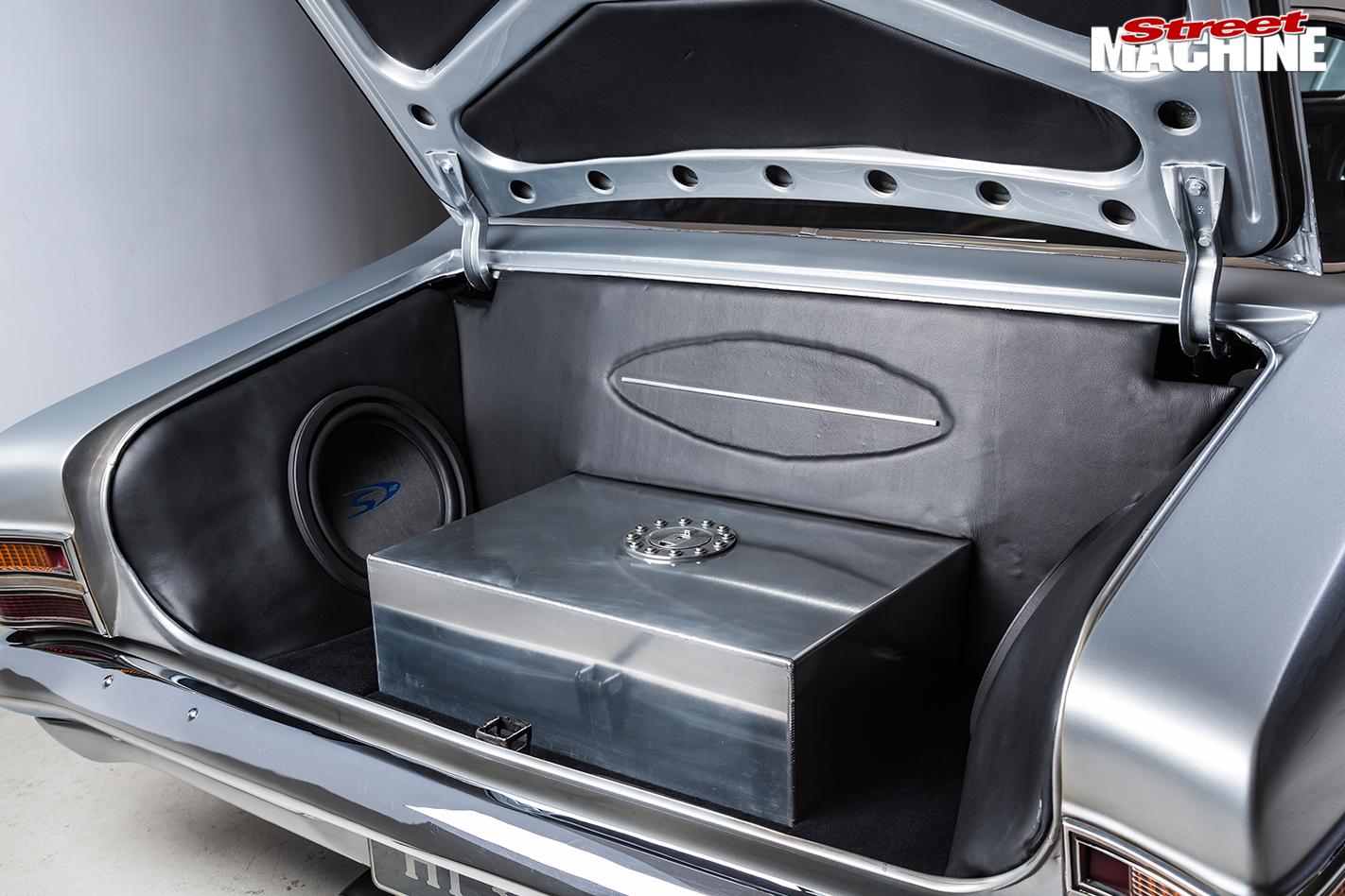 Holden -HT-Kingswood -boot