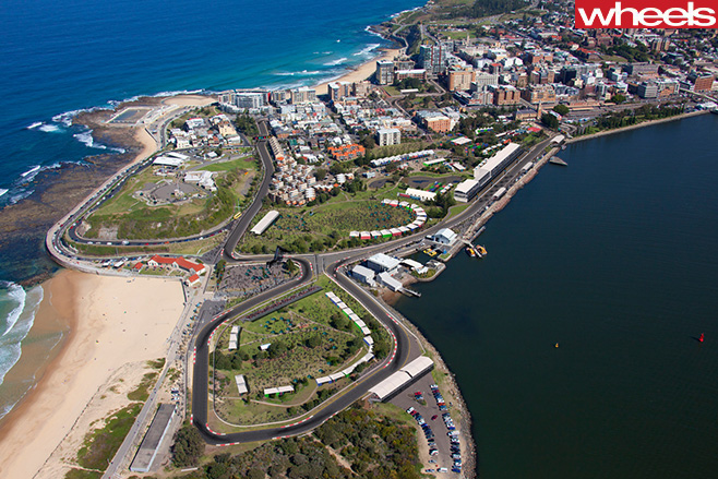 V8-Supercars -Newcastle -500-track