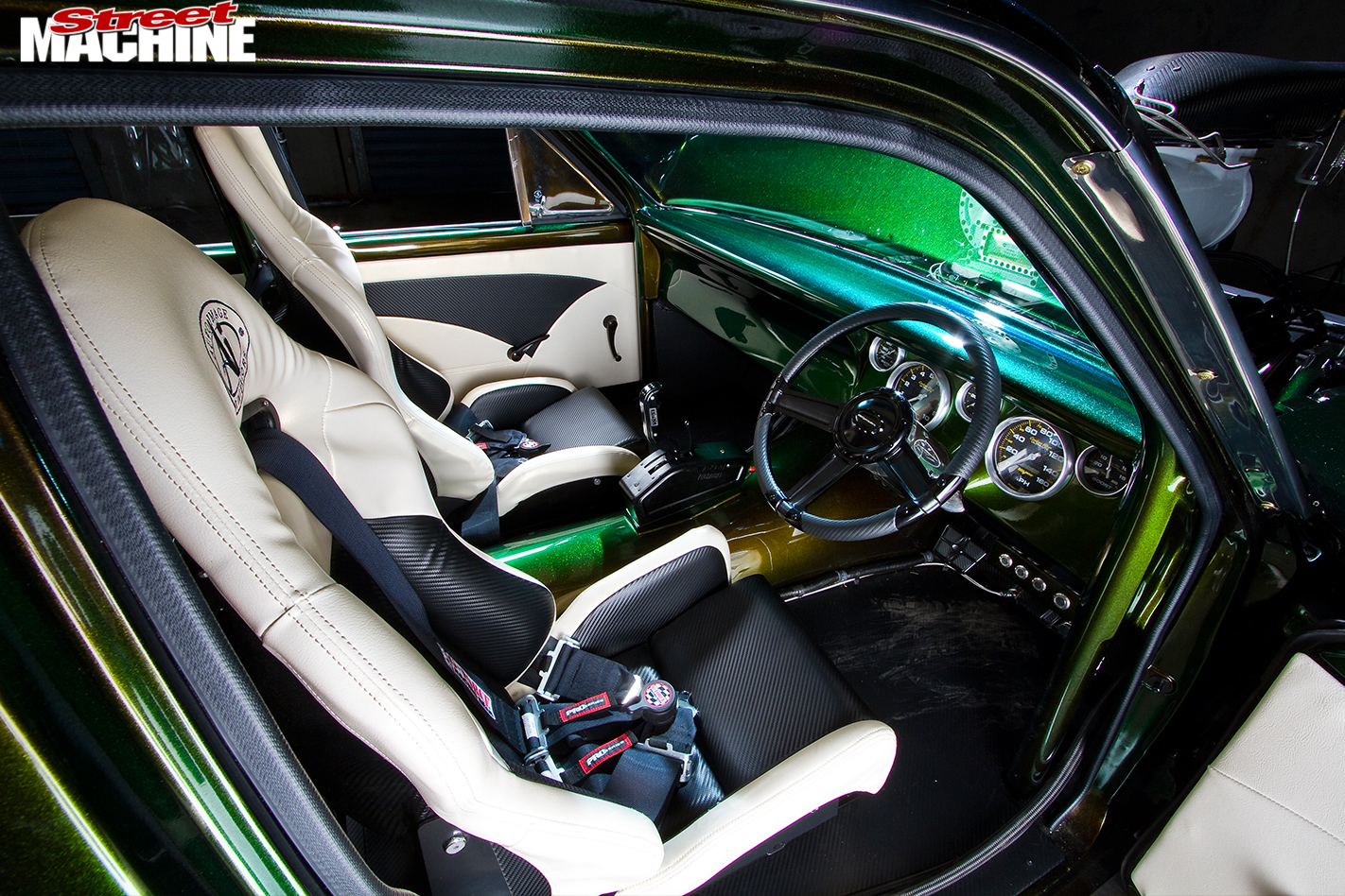 Ford -Falcon -XR-atrisk -interior