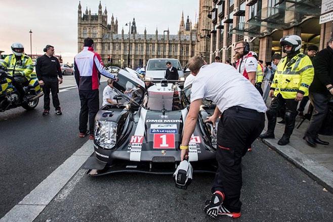 Mark -Webbers -Porsche -919-Hybrid -front