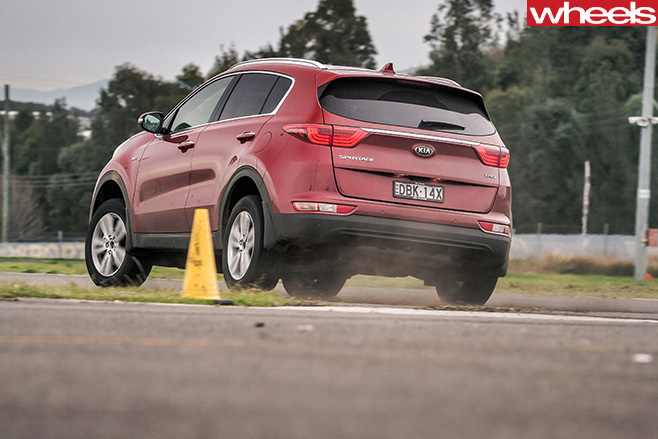 Kia -Sportage -rear -side