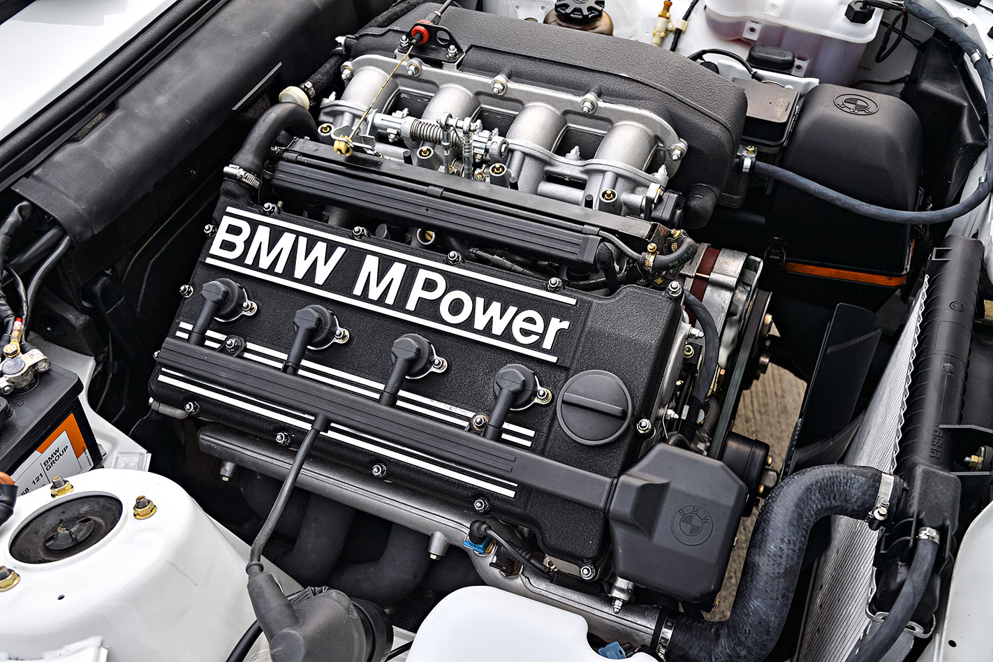 BMW E30 M3 ute engine