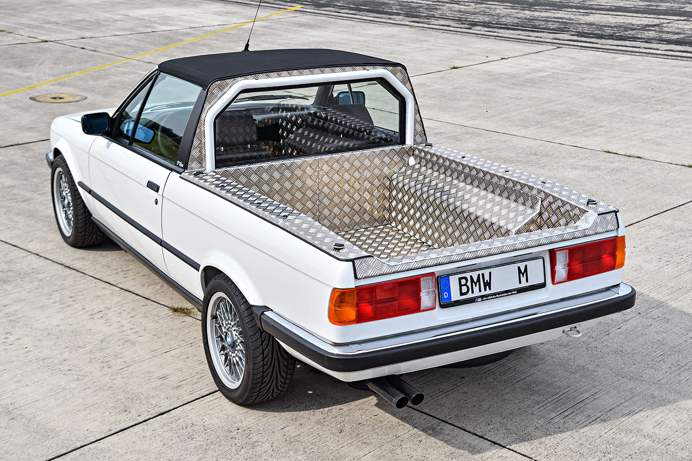 BMW E30 M3 ute rear