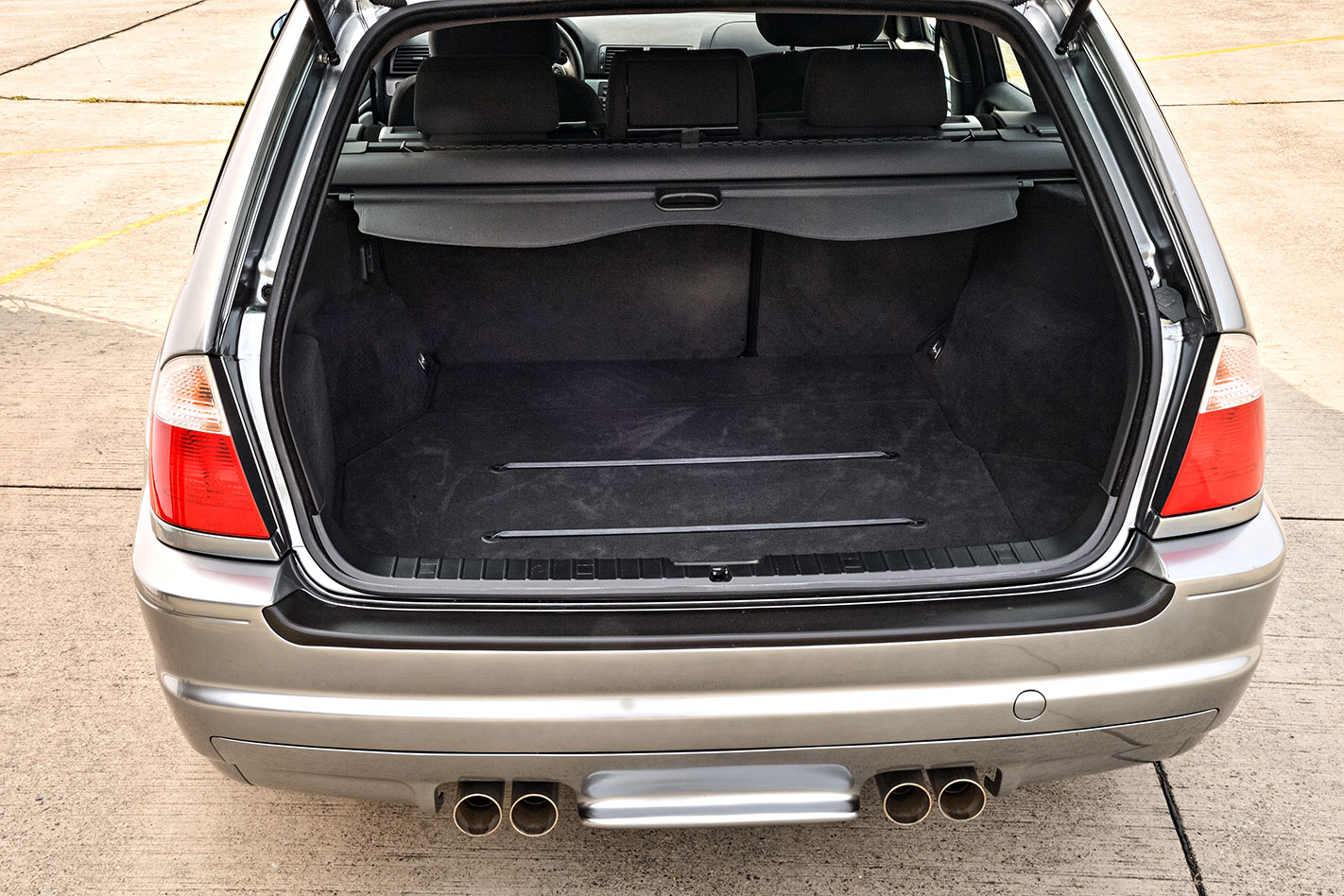 BMW E46 M3 wagon luggage