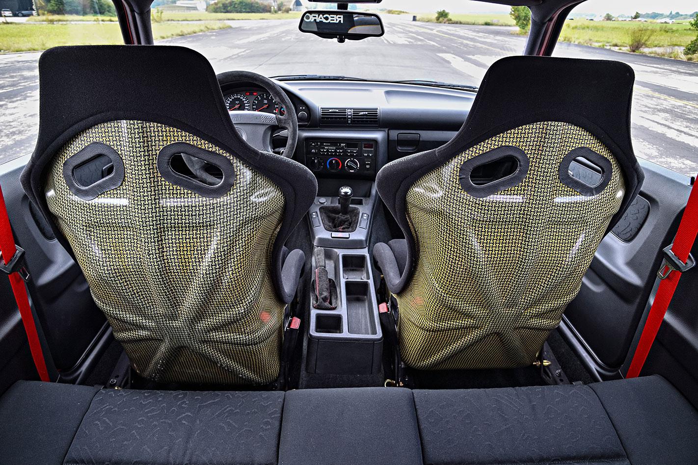BMW E36 M3 Compact interior