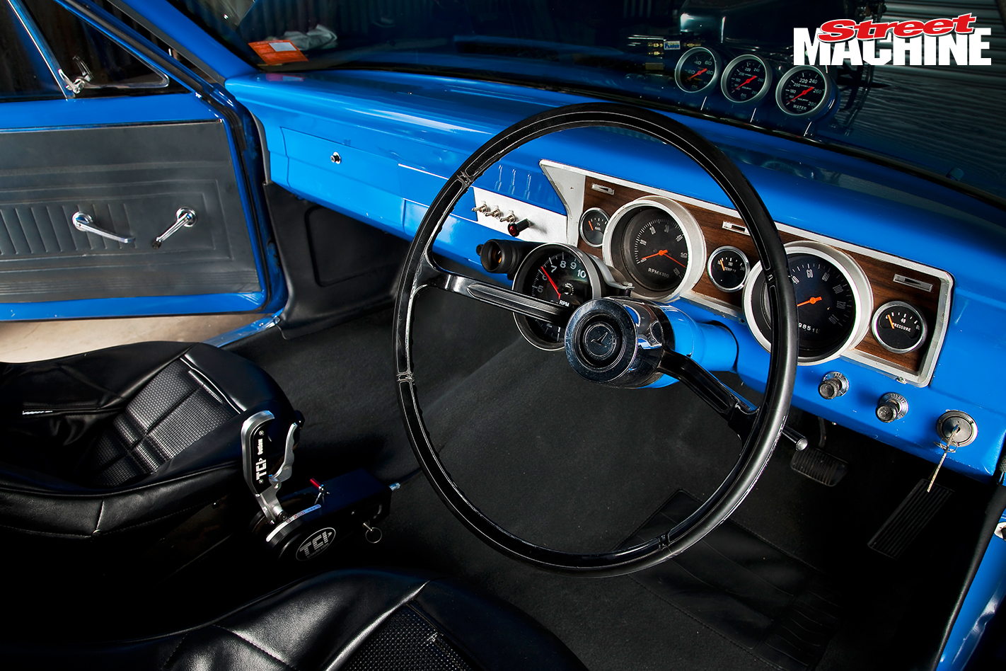 XR Falcon Ute Blown ITHOPS Interior 1