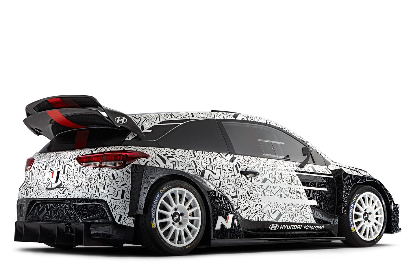 2017-Hyundai i20 WRC rear