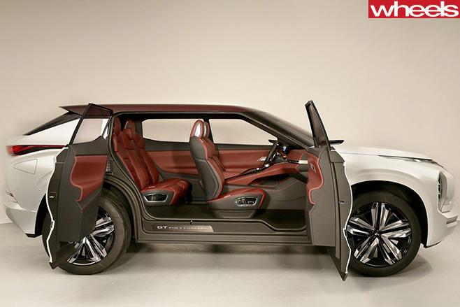 Mitsubishi -GT-PHEV-doors -open