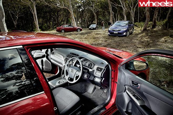 2012-Toyota -Aurion -interior