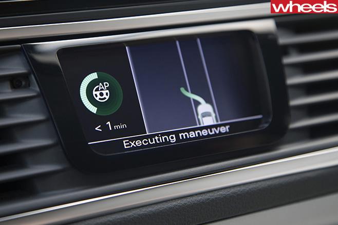 Autonomous -program -Audi -A8-overtaking
