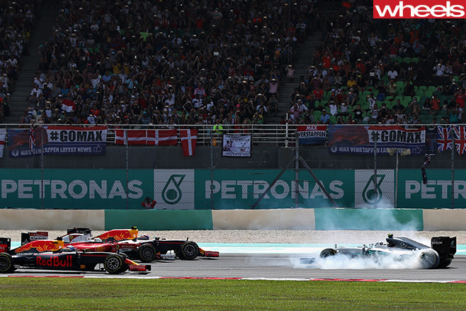 Mercedes -Petronas -car -crash
