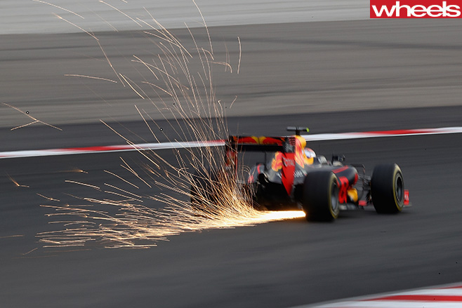 Sparks -red -bull -formula -one -car